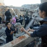 #LasMásLeídas: Buscan a víctimas entre escombros del Hospital Materno Infantil en Cuajimalpa http://t.co/KMlvIHm4r4 http://t.co/qRdjBtUuC1