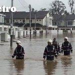 #Update Hour-long rain causes flash floods in Miri city. http://t.co/i5nETrMbzY http://t.co/kojSvHTPKD