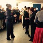 Hoy visitan @Flamenco Heeren alumnos del #AuladelaExperiencia de @unisevilla. Clase de la maestra #MilagrosMengíbar http://t.co/9yXc8OD6rT