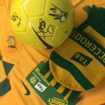 RT to win this ultimate #Socceroos supporters kit, signed ball, jersey, beanie and scarf! Drawn at FT. #ACFinal http://t.co/5yCvEcq0QH