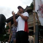 """""""Teluk benoa milik Bali, kita lindungi dari gerogotan invertor rakus"""" perwakilan Puskor Hindunesia http://t.co/H0r0n28R8F"""