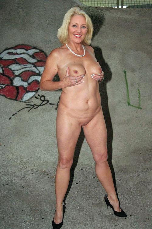 Big britain ass porn