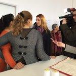 Soziale Schneiderwerkstatt in #Plovdiv wird eröffnet. #Dortmund hat geholfen. Bulgarisches TV führt Interviews. http://t.co/bcgopIodcg