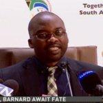 Minister Masutha announcing decision on whether #DeKock #FerdiBarnard and #DerbyLewis will get #parole |Live DStv 405 http://t.co/FiK4DIeUVf