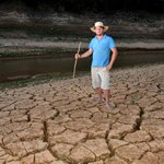 Espírito Santo vive a pior seca dos últimos 40 anos, aponta governo http://t.co/Yq5b0C6VUg #G1 http://t.co/CrX5PztCCW