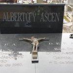 17 años sin vuestra voz, 17 años siguiendo vuestro camino. Alberto y Ascen siempre en nuestra memoria http://t.co/JjRsDZWsjZ