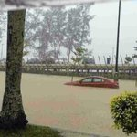 """@andytelasai: Flash floods in Miri, Sarawak. Photo from my sis. http://t.co/dJ5J9G6Fzq""its getting worst ????"