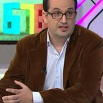 Carlés, el hombre de CFK para la Corte, es ñoqui del Senado (Politica) por @ForteCarlos http://t.co/SweEAJcaq0 http://t.co/ymaapVDR9S