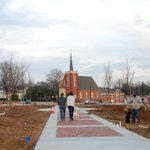 """@FOTSP: New life begins in a former parking lot. @MaconBibb @CollegeHill #walkablecities http://t.co/y4sKRC6Az3"""