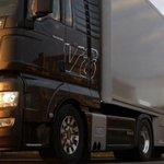 Vrachtwagenchauffeurs zijn monsters! Lees de volledige blog van brigadier @Piet_Kats: https://t.co/UqpCoS8J8H http://t.co/UfG4eU8wu6
