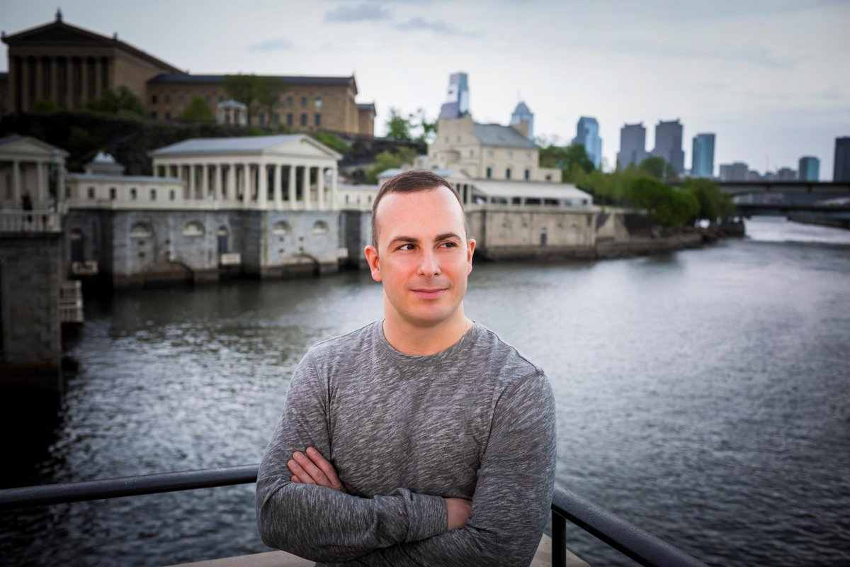 Truly a Philly maestro! @nezetseguin extends tenure w Fabulous Philadelphians through 2021-22! A day for celebration! http://t.co/Nm0jvTX5mx