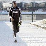 Andre #Onana trainde vandaag voor het eerst mee met #Ajax 1. Lees meer: http://t.co/U0RnI1MycP #vitaja