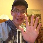Its Friday, you know what that means #LdnOnt... Friday high five! Have an awesome day folks!! #stayhappy http://t.co/9SjV8S6rd4