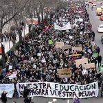 Los estudiantes anuncian movilizaciones ante la aprobación del decreto 3+2 https://t.co/vzCn3hlAN3 #NOal3mas2 http://t.co/Eq9HM4n8dr