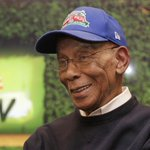 Fans can pay their final respects to Ernie Banks beginning at noon today. http://t.co/BK4NiFl1uv #MrCub http://t.co/Yu0481FssO