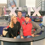 Staying out of the rain with @12News @fayfredricks @dougmeehan.Thanks to the entire am team for a great week! #SB49 http://t.co/p3qdQywg0E