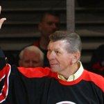 #Blackhawks legend Stan Mikita suffering from dementia http://t.co/T2gpmEn12b http://t.co/EZ8ohK4B8t