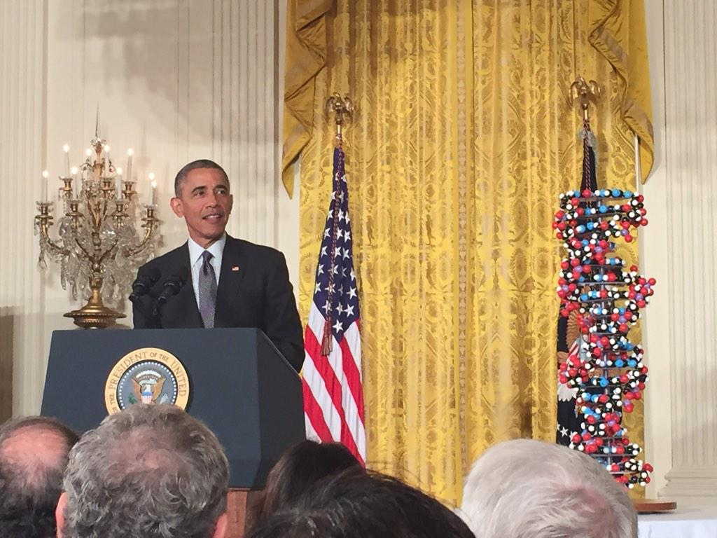 Obama praises wearables, EMRs, and big data to shape the future of medicine http://t.co/uLh5FaHQiY
