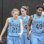 The @SiegelLadyHoops play at 6:00.  They play as a team! @the_clementine3  @CarolineBass7 http://t.co/Pd88RUo02h