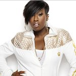Report: @MissyElliott will join @KatyPerry for @SuperBowl halftime show: http://t.co/eUgBOQYlmp #SB49 http://t.co/iO80tcwQns