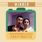"""@SCTV_: Pemenang #SelfieCeleb malam ini di #InfotainmentAwards adlh #RaffiNagita dengan 2000 Suara. http://t.co/pPvVxxxnSt"" lengkap sudah ????"