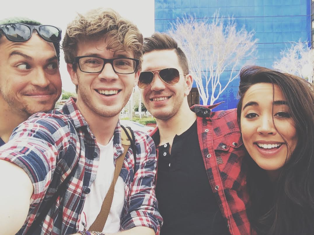 'bout to get this tour on the road. @andygrammer @AlexandSierra http://t.co/rdfIDHbnkc