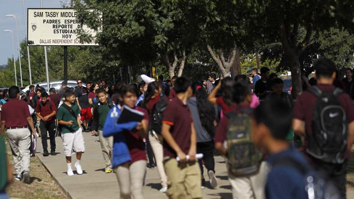 Bill would let Texas teachers legally kill students http://t.co/TfrtmqzSwi - http://t.co/ASqhxuBwtE