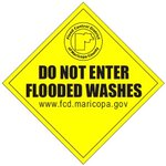 Just a reminder... Never drive through flooded roadways! Turn around dont drown! #azwx #azrain #tadd http://t.co/PgF0sKhOSJ