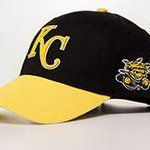 Save the date! @WichitaState Day @ the K (@Royals) set for Sep 5. New WSU/KC hat up for grabs! http://t.co/ARy6qHSjAF http://t.co/r5GMiPqCh2