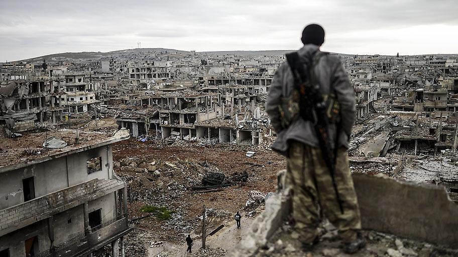 Kobane, Syria. Photo: Bulent Kilic/AFP http://t.co/mjJF9BBegx