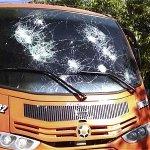 Mototaxistas agreden a la prensa y transporte público en Valledupar http://t.co/9mvkMNTDF6 http://t.co/fUl4HNn0rA