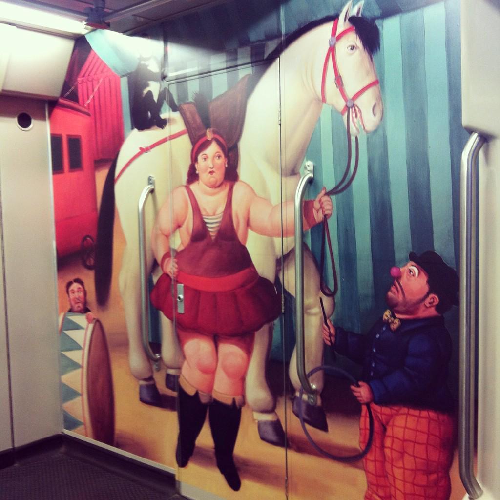 #El_Info El Circo del Maestro Botero llega al #Metro de #Medellín @museodantioquia http://t.co/1B5fKCd7Sh