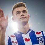 """Ajax versterkt zich per direct met Daley Sinkgraven. """"Had deze week goed gesprek met De Boer."""" http://t.co/7znmxNx2MJ http://t.co/VOA9kn77ut"""
