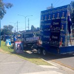 The law doesnt apply to us. Were LNP. What yellow line? Coombabah. #qldvotes #qldelection http://t.co/7ZNlGqvSLu