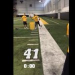 VIDEO: Iowa WR Tevaun Smith breaks @OBJ_3's record of most 1-handed catches in a minute http://t.co/Jh1Le68kWt http://t.co/pMgOPfvk30