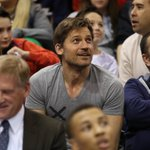 Jazz up 14 on the Warriors in third quarter… Jaime Lannister approves. #GSWatUTA http://t.co/tqWd9zgul3