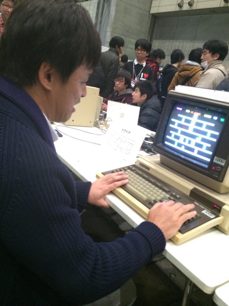 88版ドアドアをやる中村さん #tokaigi http://t.co/5BJyeBUX1V