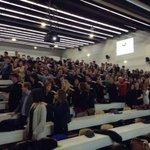 Exercice collectif par les relais de promo GEM ESC 2014 @Grenoble_EM #GEMalumni #auditodirecteur2015 http://t.co/maJhUaeCgn