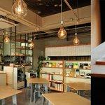 清澄白河にカフェ・ギャラリー・ショップの複合施設が誕生 - http://t.co/Dczgg0KHXs http://t.co/r1G6Yw690e
