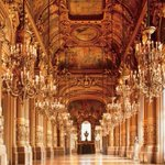 世界中から厳選した「美しい劇場」が一冊の本に - オペラ座やカタルーニャ音楽堂などを紹介 - http://t.co/7QRj9PTZq0 http://t.co/AL5SricjWg