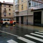 (10:10)ATENCIÓN #inundaciones en zonas de la localidad de #Villarcayo.Respete zonas acotadas (Foto @VIVA_VILLARCAYO) http://t.co/SCUKP4qx3l