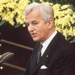 【New】ワイツゼッカー・元ドイツ大統領死去 「過去に目を閉ざす者は、現在にも盲目になる」演説 http://t.co/D3rSXRzRO2 http://t.co/g3NXqB18De