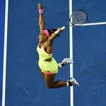 How Serena Williams reacted to winning #AustralianOpen & 19th Grand Slam http://t.co/EqRVjVLIGP http://t.co/5qYVZkA7et