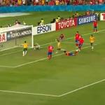右サイドで粘りクロスを上げると、GKがはじいたところを14番ジェームズ・トロイージ選手が押し込み勝ち越し弾!! 韓国 1-2 オーストラリア #ACFinal #AC2015 http://t.co/gooFQXBoGl