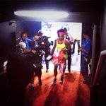 The newly crowned 19-time Grand Slam champion makes her way off court... #Serena http://t.co/QUJsG95Rhg
