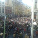 Imagen desde uno de los ventanales de Alcalá con Gran Vía. #petado #EsAhora31E @ahorapodemos http://t.co/4mmmgfseuR