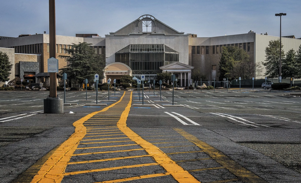 Weekend read: Malls in Washington and America are dying. What should we do with them? http://t.co/RJqSqBBAzh http://t.co/AfqNiQmxUP @icsc