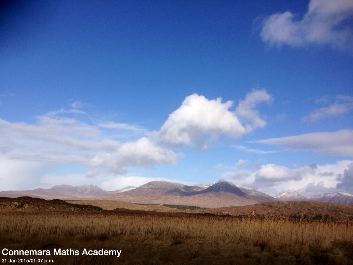 @DiscoverGalway @renvyleweather 12 Bens this afternoon #Connemara #WildAtlanticWay http://t.co/gkg57jY3kG
