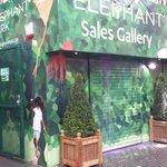 Paint thrown at Lend Lease Elephant Park sales pavilion on @marchforhomes day http://t.co/z2sVrXjcxg via @FindMySpark