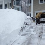 Jeff Right says hes shovelling so he can get to the hockey rink, no rest for hockey dads across the land #nb http://t.co/DsZtSm2hng